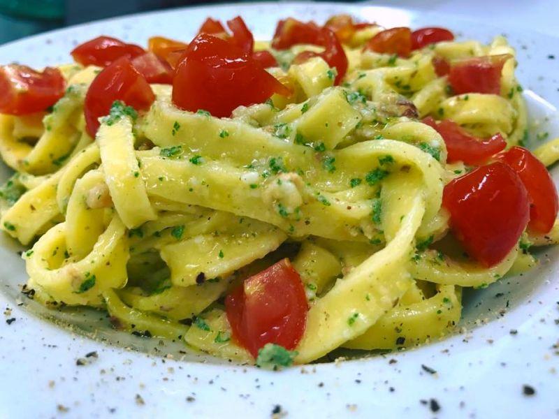 b_800_600_16777215_00_images_piatti_pasta-salvia-pomodorini.jpg